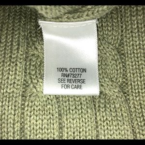 Croft & Barrow Cable knit sweater size large